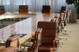 כיסאות וציוד משרדי