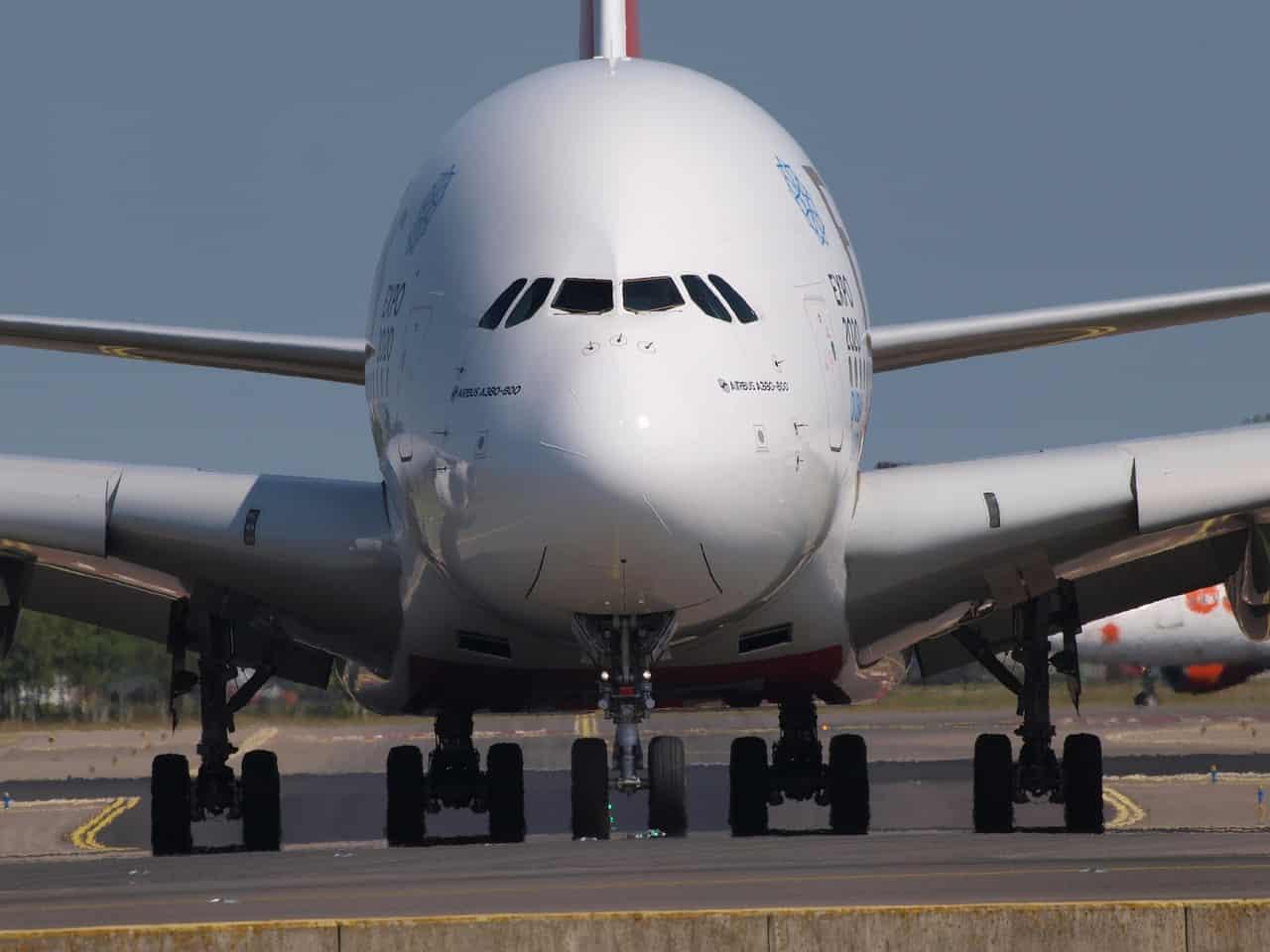 מטוס גדול